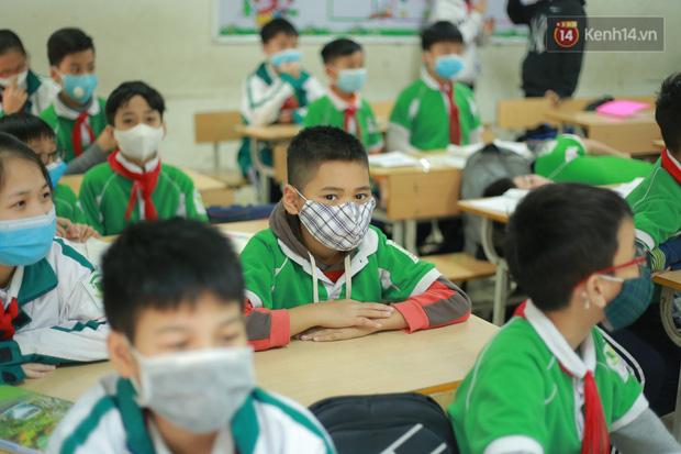 NÓNG: Hà Nội chính thức cho học sinh nghỉ học thêm 1 tuần đến 23/2-1