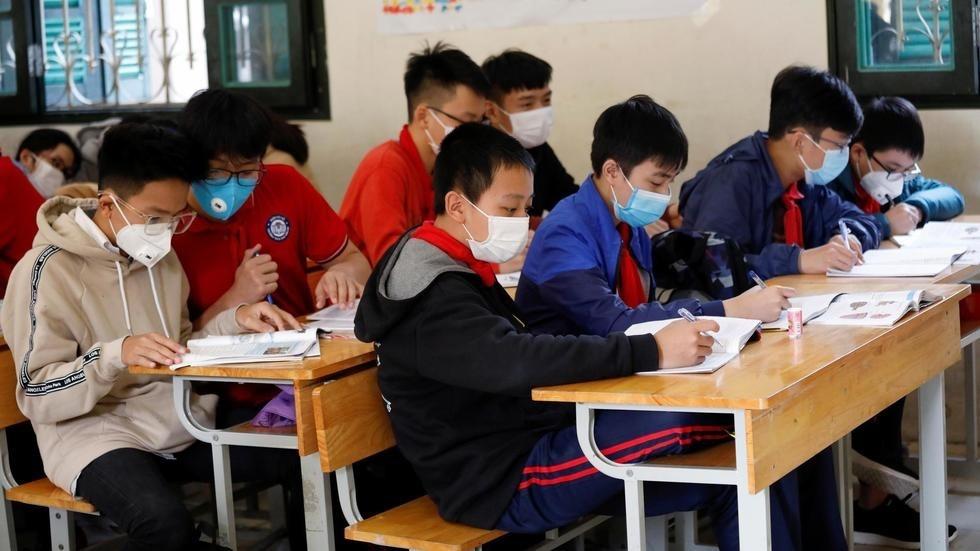 Danh sách 32 tỉnh, thành phố cho học sinh quay lại trường và 8 địa phương lùi lịch học phòng dịch Covid-19-1