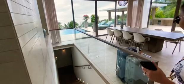 Hoa mắt vì biệt thự mới tậu của dàn sao Việt: Toàn bạc tỷ siêu sang, nhà Ngọc Trinh xa hoa như khách sạn 5 sao-3