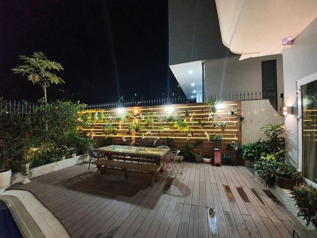 Hoa mắt vì biệt thự mới tậu của dàn sao Việt: Toàn bạc tỷ siêu sang, nhà Ngọc Trinh xa hoa như khách sạn 5 sao-16
