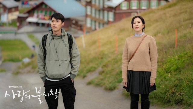 Crash Landing On You: Duyên tiền định thế này mà Son Ye Jin và Hyun Bin không cưới nhau là quá phí-3