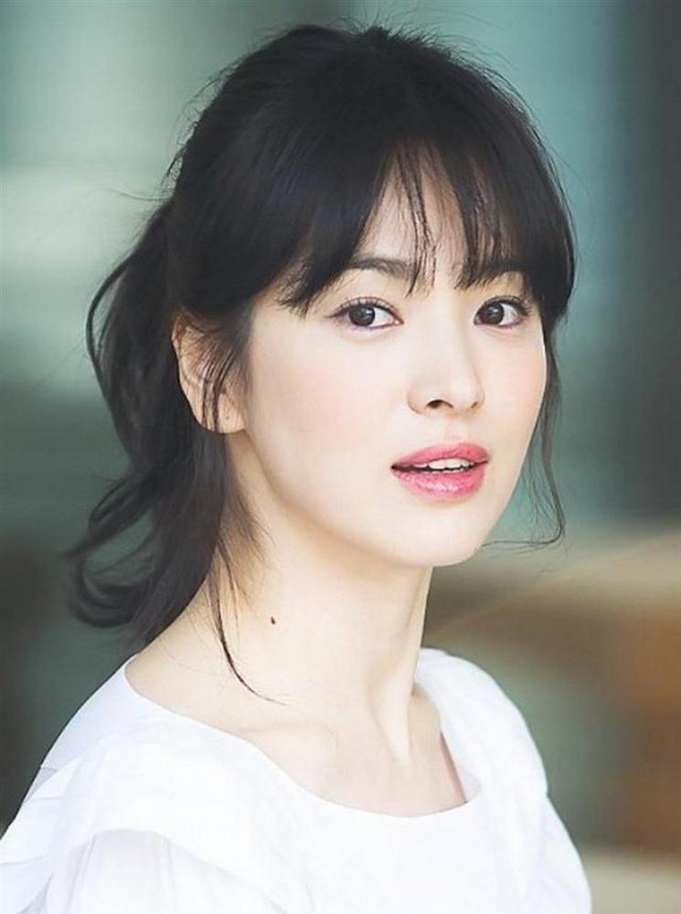 Trùm cuối tóc bà thím nhất định phải thuộc về Song Hye Kyo: Đẹp đỉnh thế này ai cưỡng lại!-11