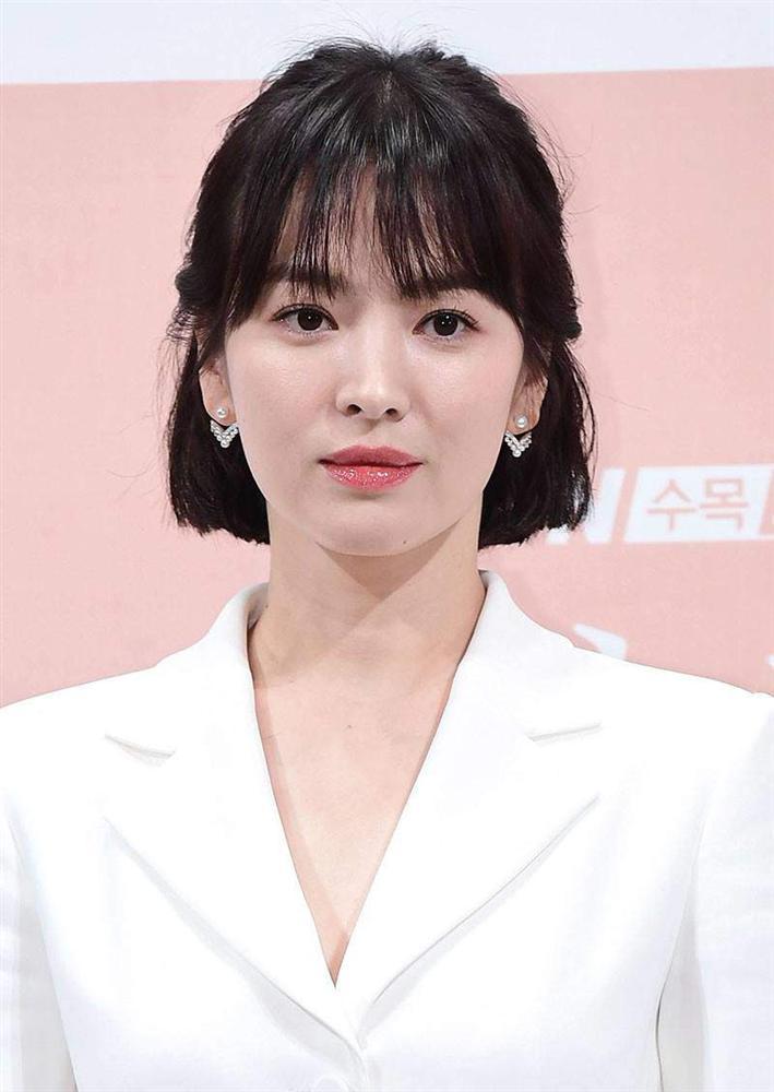 Trùm cuối tóc bà thím nhất định phải thuộc về Song Hye Kyo: Đẹp đỉnh thế này ai cưỡng lại!-14
