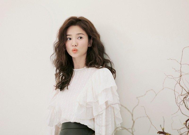 Trùm cuối tóc bà thím nhất định phải thuộc về Song Hye Kyo: Đẹp đỉnh thế này ai cưỡng lại!-4
