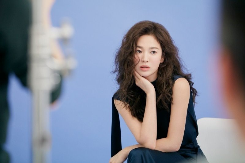 Trùm cuối tóc bà thím nhất định phải thuộc về Song Hye Kyo: Đẹp đỉnh thế này ai cưỡng lại!-7
