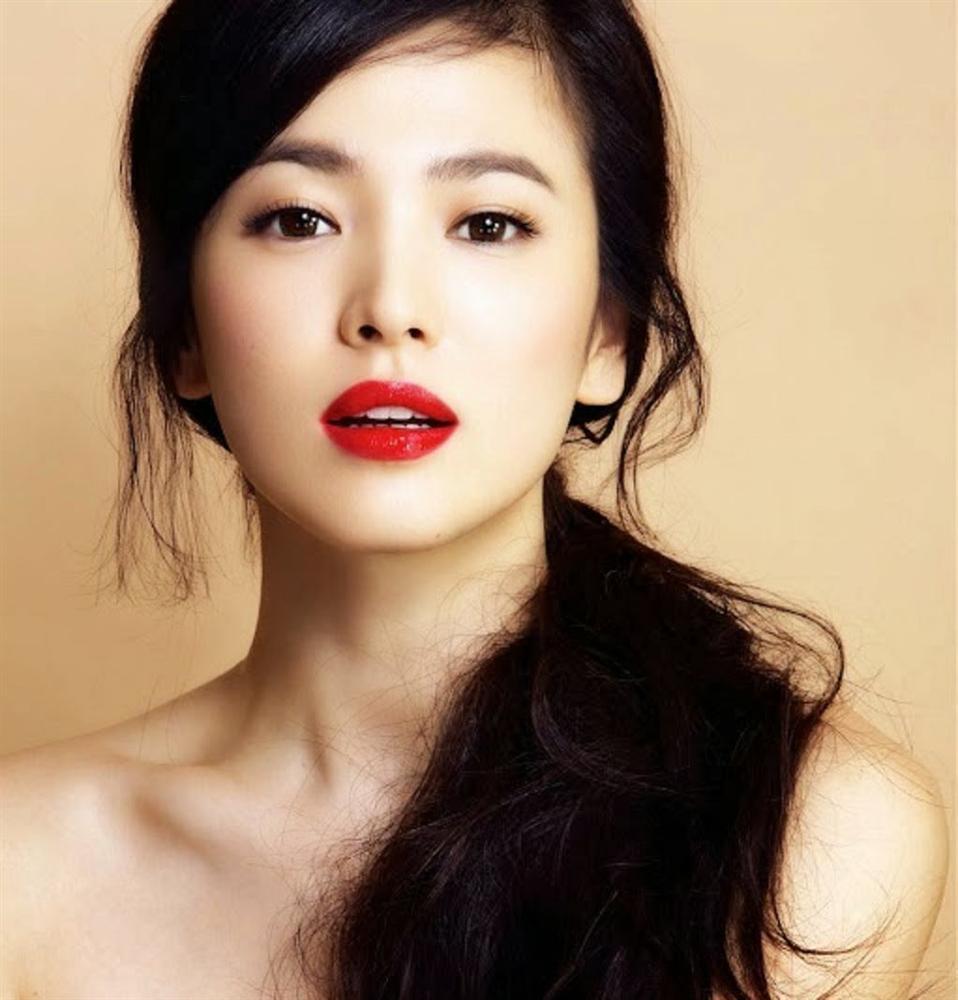 Trùm cuối tóc bà thím nhất định phải thuộc về Song Hye Kyo: Đẹp đỉnh thế này ai cưỡng lại!-9