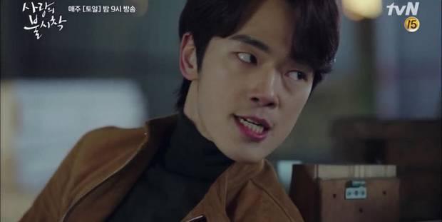 Hứng đạn cứu người yêu, thánh lừa đảo Goo Seung Joon của Crash Landing on You hùng hổ leo thẳng top tìm kiếm Hàn-4
