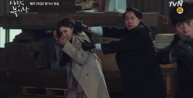 Hứng đạn cứu người yêu, thánh lừa đảo Goo Seung Joon của Crash Landing on You hùng hổ leo thẳng top tìm kiếm Hàn-5