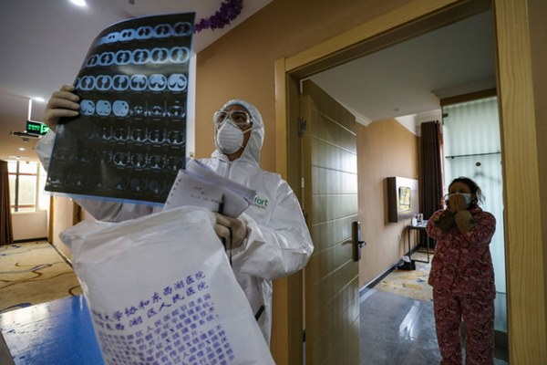 Khi nhiễm virus corona, cơ thể người có thể bị tàn phá như thế nào?-1