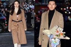 Huyn Bin và Son Ye Jin diện áo khoác đôi tại tiệc mừng công, bất ngờ nhất là giá áo của anh gấp mấy lần áo chị