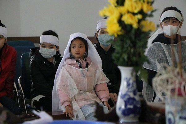 """Vụ mẹ con ăn xin gặp nạn trên cầu Thanh Trì: 7 năm qua cháu tôi chưa được đặt tên""""-4"""