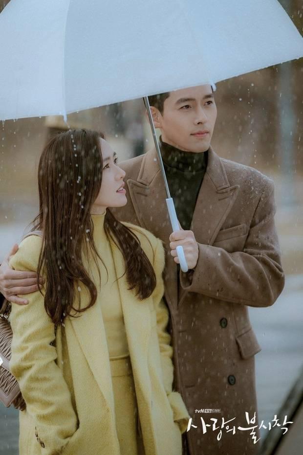 Ngỡ ngàng với mối duyên tiền định của Hyun Bin và Son Ye Jin: Từ bé đến lớn nhìn kiểu gì cũng ra tướng phu thê-5