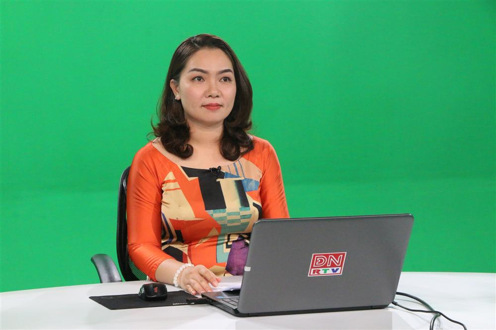 Không chỉ học online qua Facebook, Skype, một tỉnh chơi lớn phát bài giảng trên sóng truyền hình-2