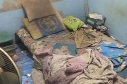 Sang thăm phòng nam sinh, bạn bè 'đứng hình' khi nhìn sang giường ngủ: 'Chàng trai vàng' trong làng ở bẩn đây rồi!