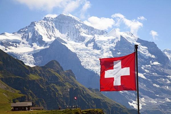 Xem hết Crash Landing On You, nóng lòng đi du lịch Thụy Sĩ thì đây là những điều cực hữu ích bạn cần biết-3