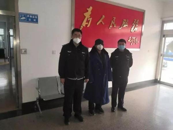 Những người tự khai mình đến từ tâm dịch Vũ Hán với mong muốn được ăn ở miễn phí và vì nhiều nguyên nhân khác khiến dư luận phẫn nộ-1