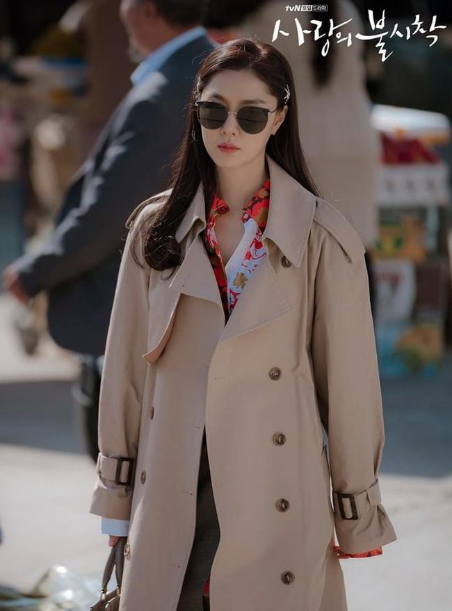 Hôn thê sang chảnh lạnh lùng của Hyun Bin trong Hạ Cánh Nơi Anh: Sở hữu vẻ đẹp chuẩn Hoa hậu, cực phẩm nhất là thân hình siêu nóng bỏng-2