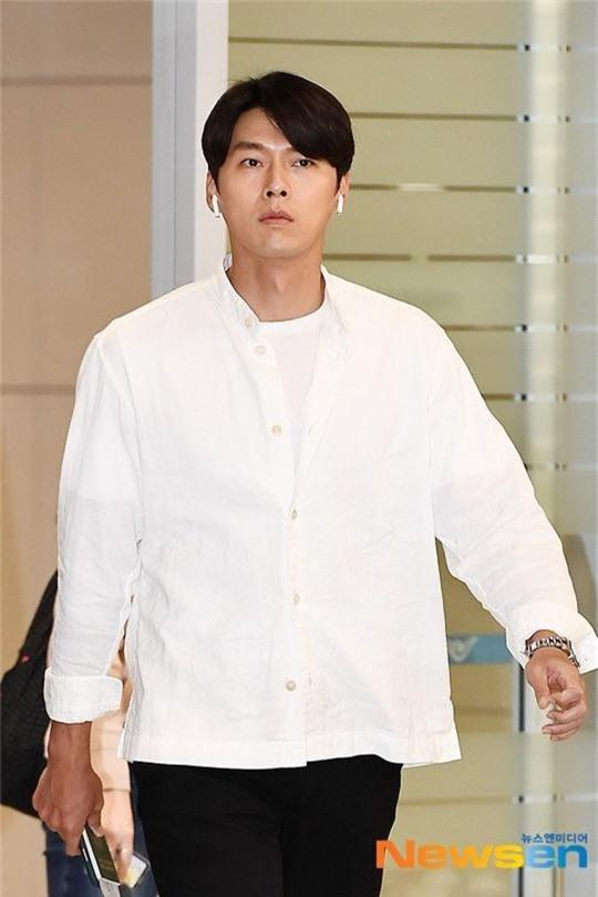 Hyun Bin ngoài đời thích diện vest như quý ông, vuốt tóc lãng tử-6