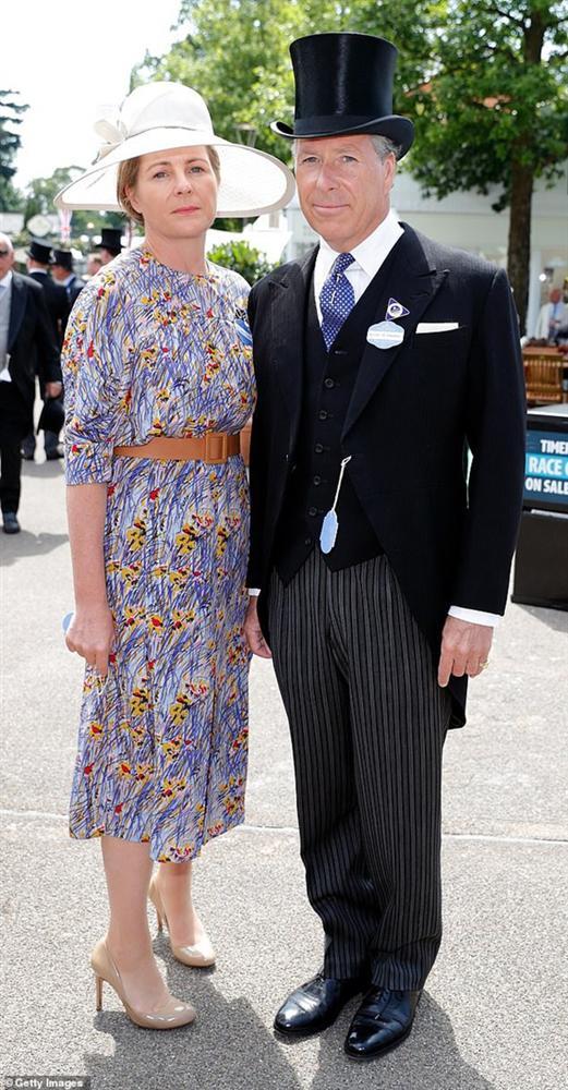 Nỗi buồn hoàng gia Anh: Thêm một cặp đôi ly hôn sau 26 năm chung sống, vợ chồng Meghan Markle lại bị réo gọi tên-3