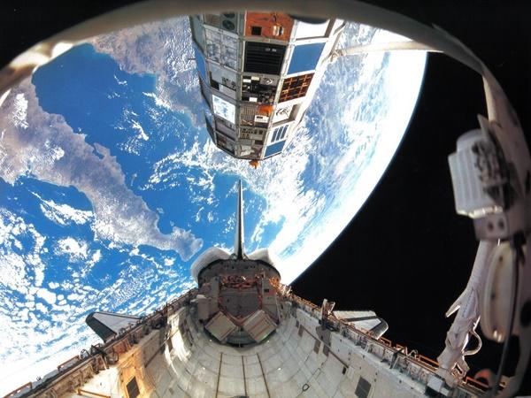 Nữ sinh 19 tuổi dùng trí tuệ nhân tạo để dọn rác trên vũ trụ bao la-5