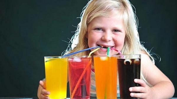 Điểm danh 4 thực phẩm có thể gây ung thư cho trẻ, 3 thứ hầu hết các bé đều nghiện-2