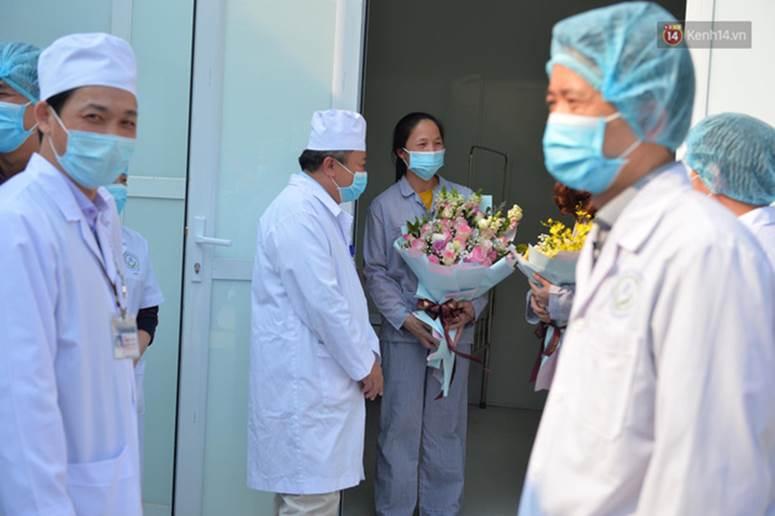 Bệnh nhân nhiễm Covid-19 ở Vĩnh Phúc gửi lời xin lỗi khi xuất viện-2