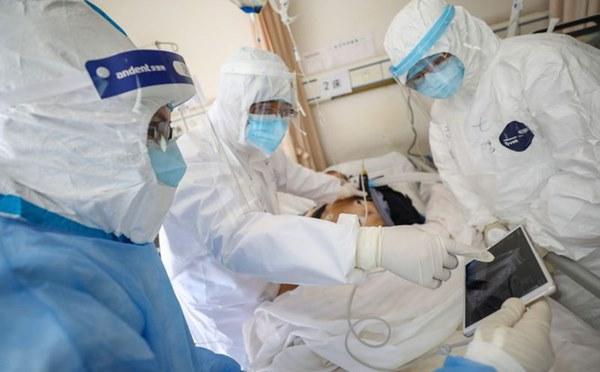 Khám nghiệm phổi của bệnh nhân tử vong do COVID-19, bác sĩ TQ có một số phát hiện mới-1