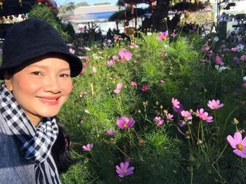 1 năm trốn phố về Bình Phước trồng rau, Kiều Trinh khoe vườn nhà trĩu quả-4