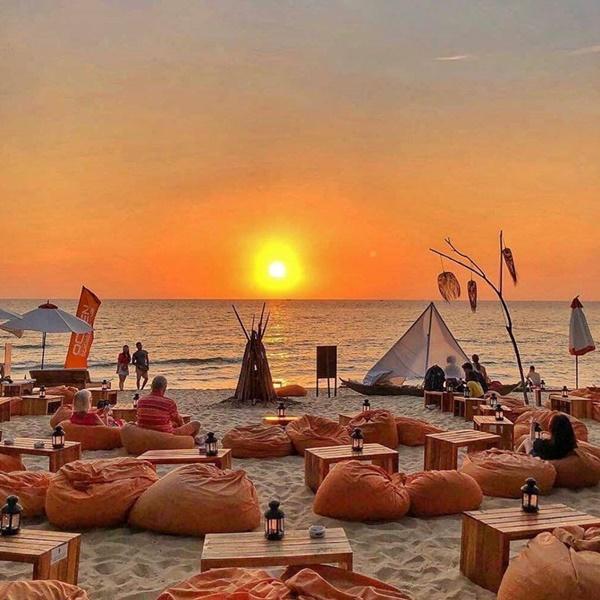 Trốn dịch corona, tới Việt Nam tận hưởng kỳ nghỉ đầy nắng gió tại 5 hòn đảo tuyệt đẹp-2
