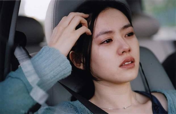 So sánh người cũ Song Hye Kyo và tình tin đồn hiện tại của Hyun Bin: Đẹp, giỏi, giàu rồi nhưng đường tình duyên lại vướng quá nhiều ồn ào-1