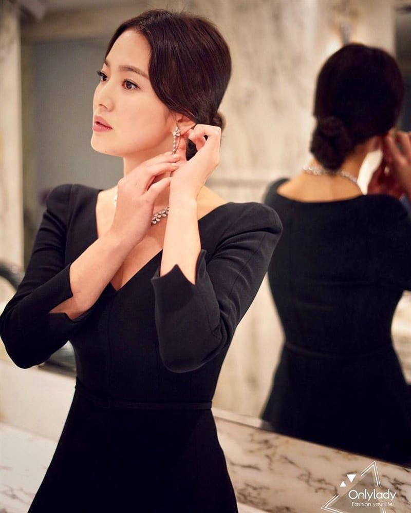 So sánh người cũ Song Hye Kyo và tình tin đồn hiện tại của Hyun Bin: Đẹp, giỏi, giàu rồi nhưng đường tình duyên lại vướng quá nhiều ồn ào-5