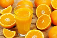 4 tác dụng phụ đáng sợ khi ăn cam sai cách, chuyên gia chỉ cách ăn cam an toàn nhất