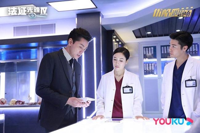 Bằng chứng thép 4 trên TVB: Sao nữ 65 tuổi - Mễ Tuyết, bố Tạ Đình Phong 84 tuổi gây sốc vì quá trẻ đẹp-1