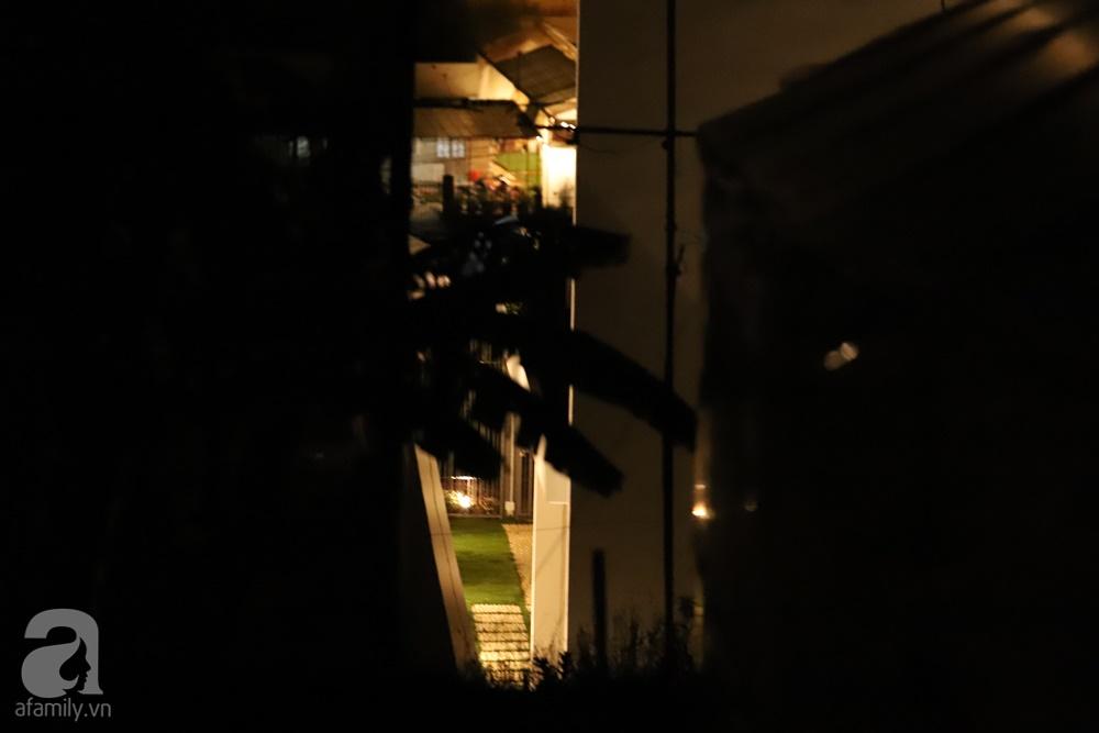 Đột kích địa điểm đám cưới Tóc Tiên - Hoàng Touliver trước giờ G: Xe hơi ra vào liên tục, kéo rèm kín mít nhưng lại ồn ào tiếng cười đùa-9