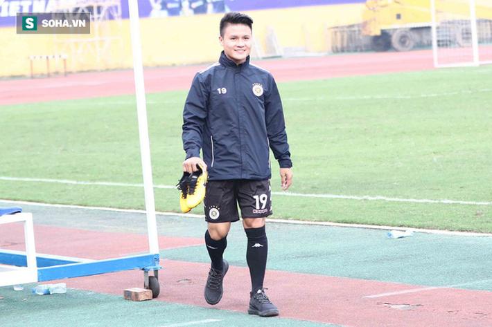 Hay bị bàn tán chuyện riêng tư, Quang Hải lên tiếng: Mong CĐV chỉ nhìn tôi trên sân bóng-1