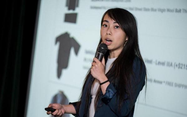 Cô gái gốc Việt chế tạo áo khoác thời trang chống đạn giá rẻ đầu tiên trên thế giới-1