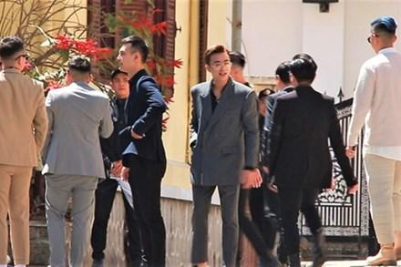 Soobin Hoàng Sơn cùng dàn sao dự cưới Tóc Tiên và Hoàng Touliver