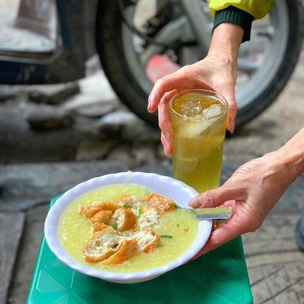 Ấm bụng ngày cuối đông với 5 hàng cháo thơm ngon, nóng hổi ở Hà Nội-6