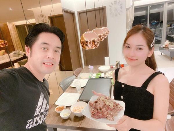 Chăm nấu cơm cho vợ 9x xinh đẹp,Dương Khắc Linh cũng nhận lại kết quả ấm lòng-10