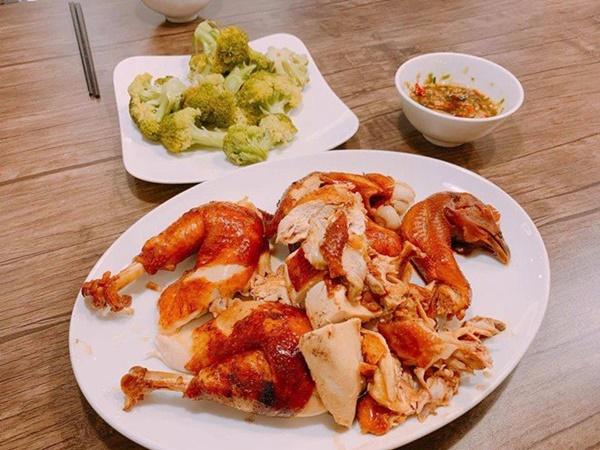 Chăm nấu cơm cho vợ 9x xinh đẹp,Dương Khắc Linh cũng nhận lại kết quả ấm lòng-16