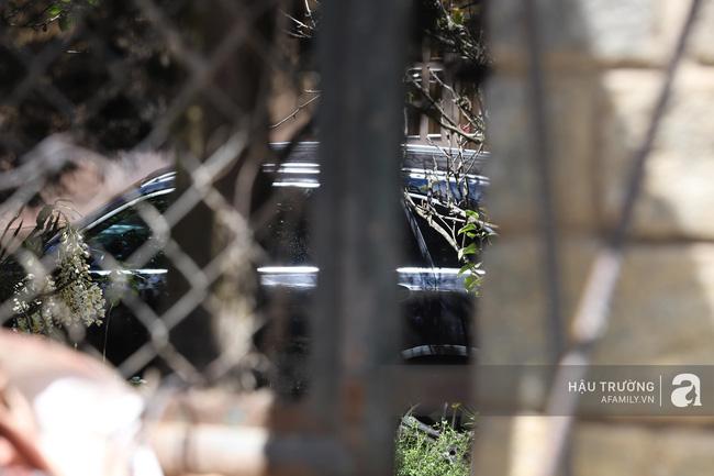 Không gian tiệc cưới bí mật của Tóc Tiên: Khung cảnh lãng mạn như trong phim nhưng đã bị rào kín nội bất xuất, ngoại bất nhập-9