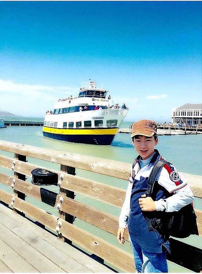 Nam sinh Hà Nội nói 8 thứ tiếng, thông thạo 5 ngôn ngữ, nhận học bổng 5 trường, được tiến sĩ Mỹ nhận xét uyên bác như bác học-1