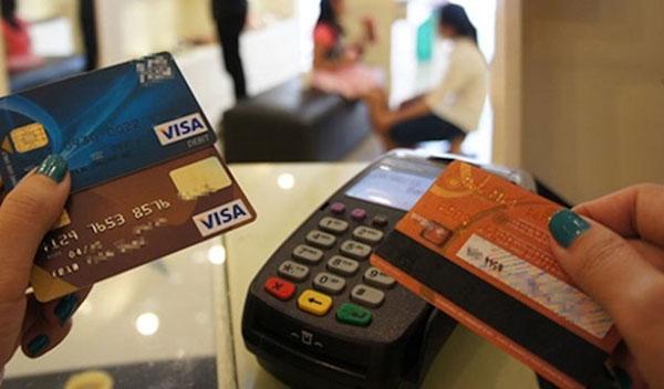 Dùng thẻ tín dụng nhất định lưu ý điều này để không rơi vào cái bẫy ngọt ngào-1