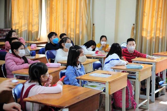 MỚI: Bộ GD-ĐT xem xét cho học sinh đi học lại từ ngày 2/3-1
