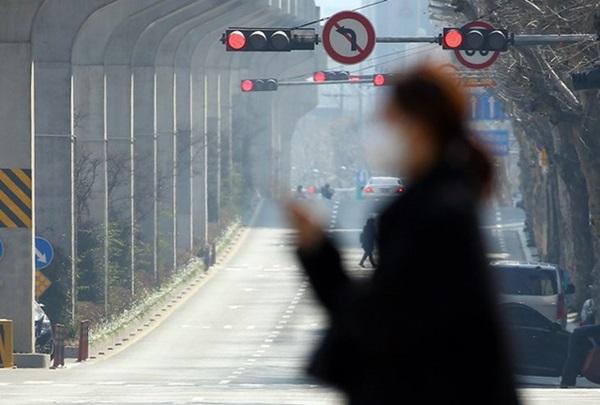 Thành phố Daegu đóng cửa đìu hiu sau khi trở thành tâm dịch virus corona lớn nhất Hàn Quốc, vào diện chăm sóc đặc biệt-5