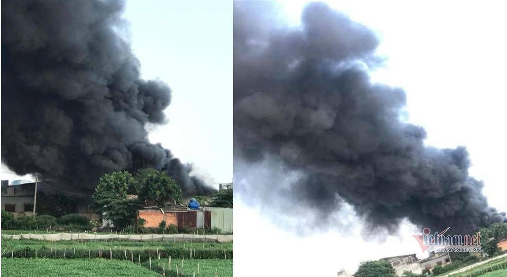 Cháy lớn nhà xưởng, khói đen kín đặc ngoại ô Sài Gòn-1