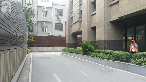 Hà Nội: Cư dân chung cư cao cấp phẫn nộ phát hiện bảo vệ tè bậy ngay tại tầng hầm-5