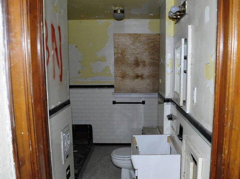Mua nhà hoang tồi tàn với giá 50 triệu, chàng trai trẻ sửa thành biệt thự mới toanh tặng mẹ già-4