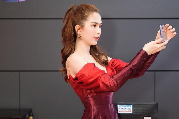 Nhìn sự cách biệt váy hiệu – váy chợ của Ngọc Trinh mới thấy photoshop có tác dụng thần kỳ thế nào-2