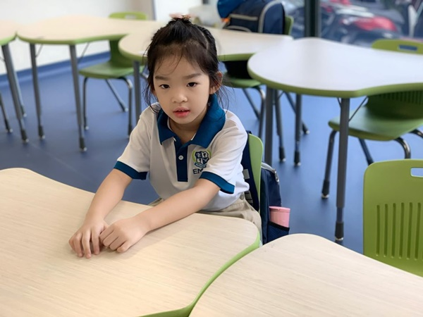 Siêu mẫu Xuân Lan hoang mang liệu có sai khi cho con vào trường song ngữ: Mới lớp 1 đã không theo kịp chương trình-5